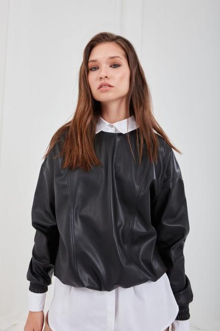 Mizalle - Fermuar Detaylı Suni Deri Siyah Sweatshirt