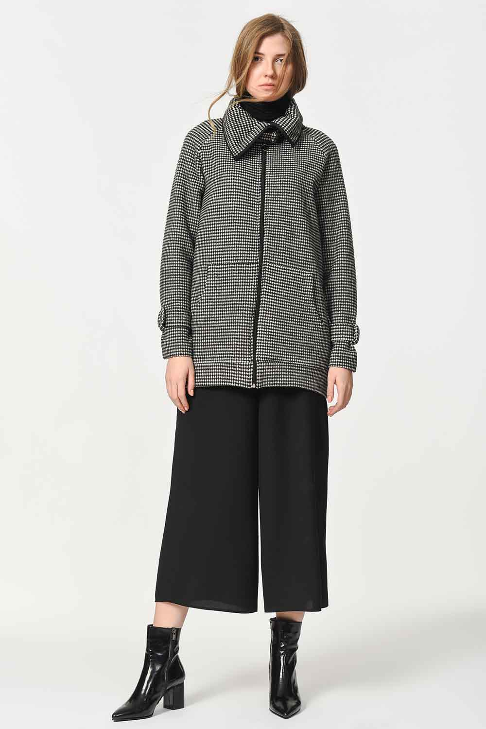 MIZALLE Zippered Jacket Cup (Smoked Color) (1)