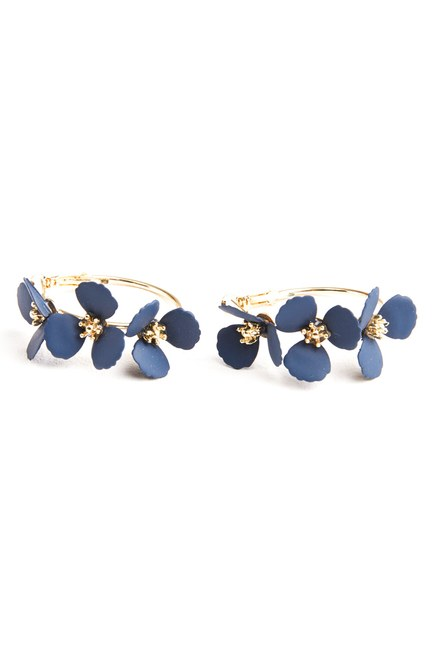 MIZALLE Flower Ring Shaped Earrings (Navy Blue)