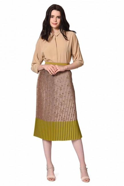 MIZALLE Pleated Skirt With Garni Devore (Beige/Green)
