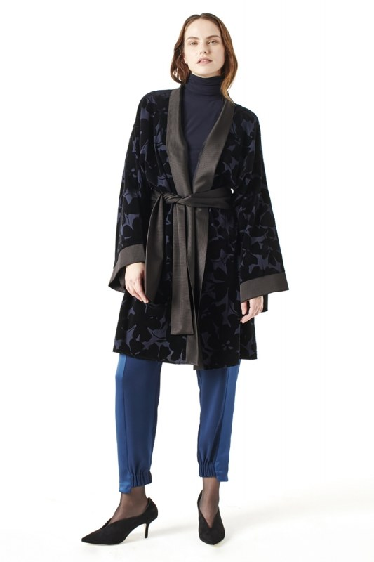 Garnish Kimono (Navy Blue)