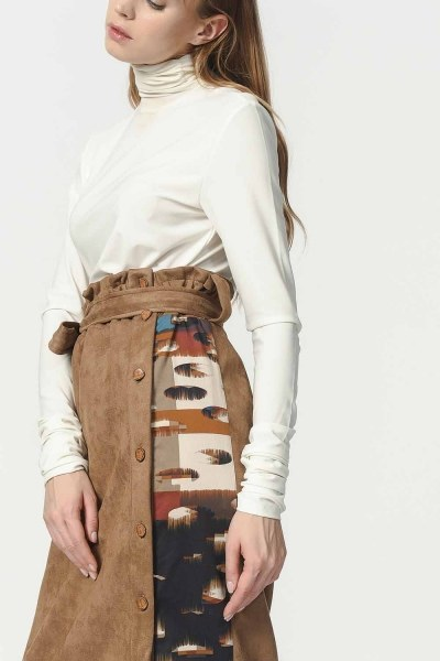 MIZALLE - Garnish Suede Skirt (Tan) (1)