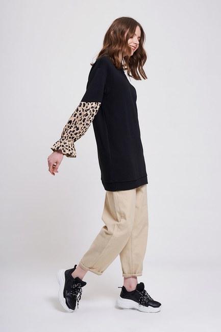 MIZALLE YOUTH - Garnished Sleeves Sweatshirt (Black) (1)