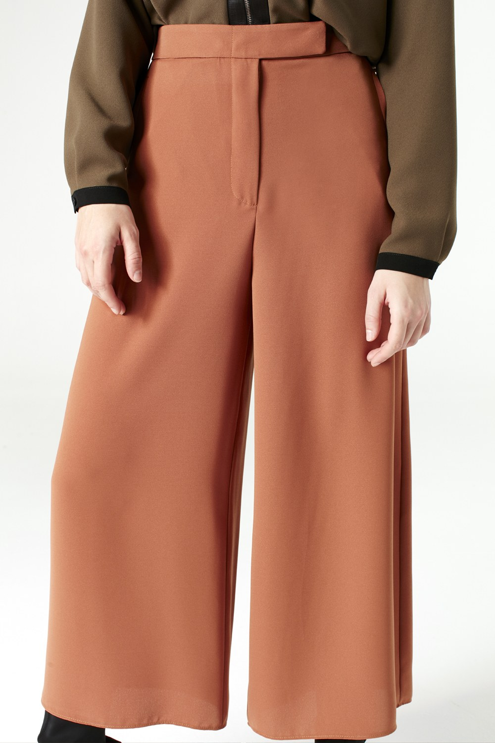 MIZALLE Pants With Wide Cut (Brick Color) (1)