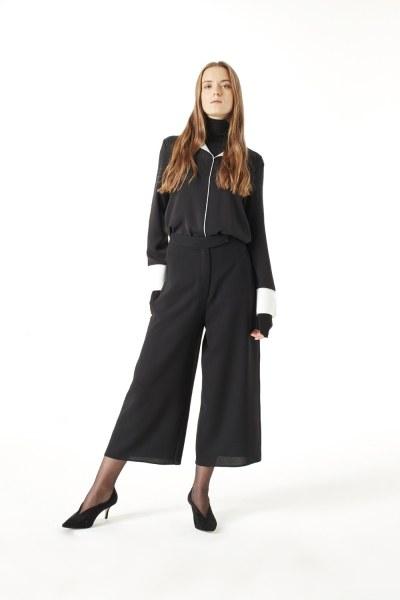 MIZALLE Wide Cut Trousers (Black)