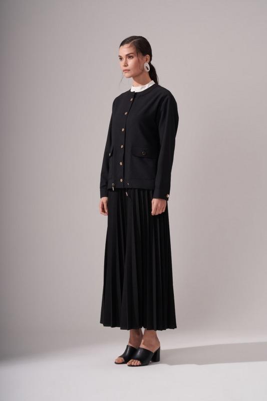 Düğmeli Krep Siyah Ceket