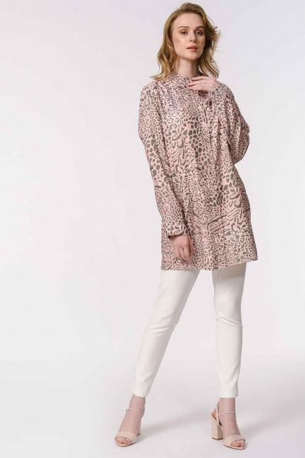 MIZALLE - Judge Collar Blouse (Powder) (1)