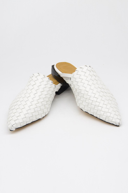 Hasır Görünümlü Mule Terlik (Beyaz)