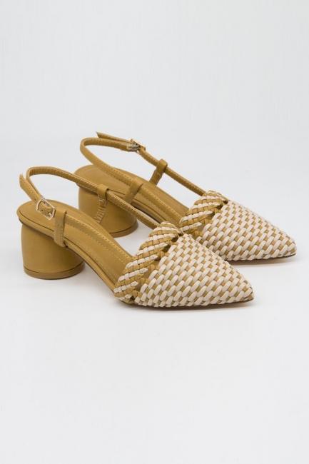 Mizalle - Hasır Görünümlü Topuklu Ayakkabı (Krem/Bej)