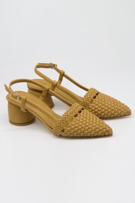 Mizalle - Hasır Görünümlü Topuklu Ayakkabı (Taba)