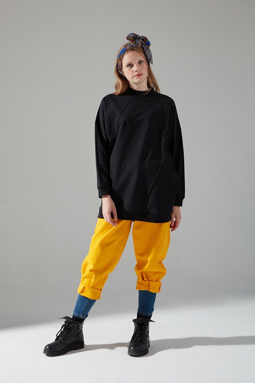 İki İplik Dikişli Siyah Sweatshirt