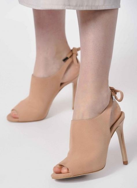 Mizalle - İnce Topuk Süet Ayakkabı (Pudra)