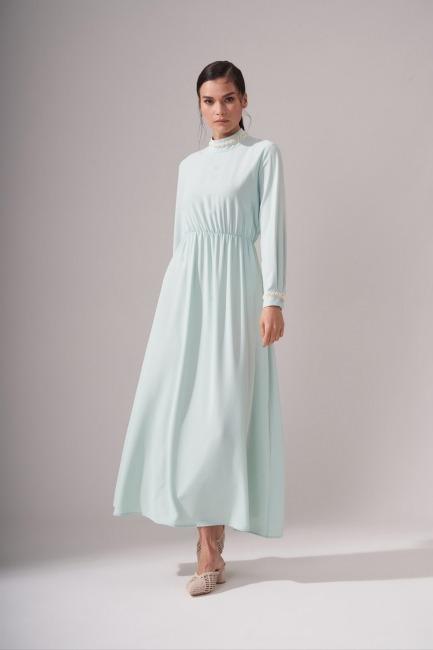 Mizalle - İnci Şeritli Mint Uzun Elbise