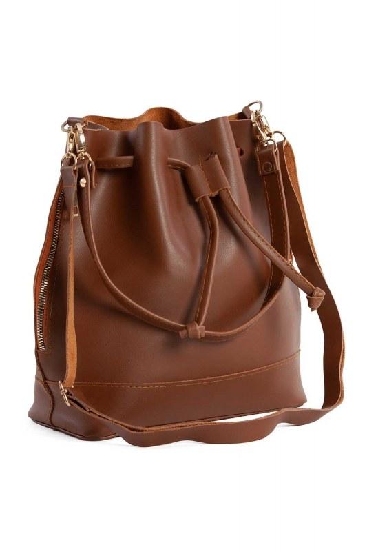 غطاء منسدل ، حقيبة كتف دائرية (بني فاتح)