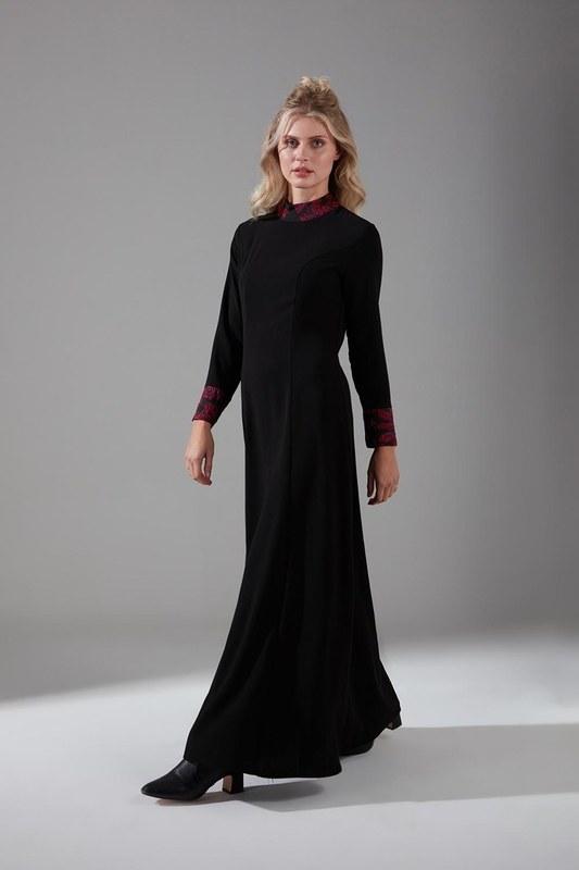 Jakar Detaylı Bordo Elbise