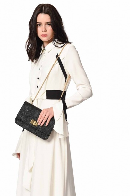 MIZALLE - Embossed Patterned Shoulder Bag (Black) (1)