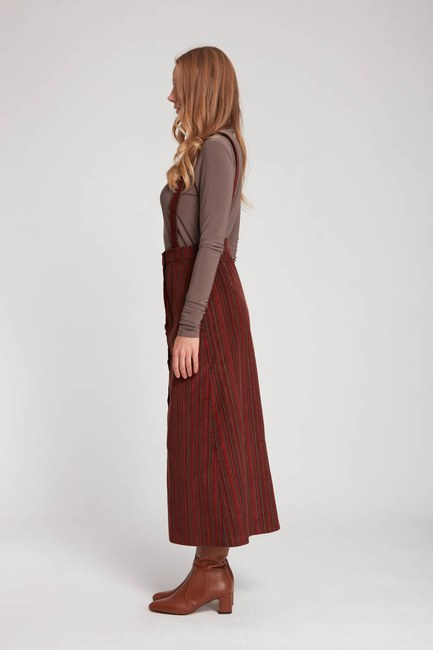 MIZALLE - Velvet Hanging Skirt (Brick Red) (1)