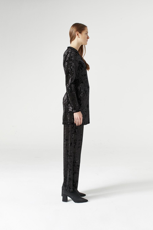 MIZALLE Velvet Kimono (Black) (1)