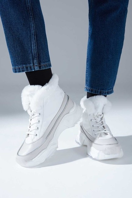 Kalın Topuk Tüylü Bot (Beyaz)
