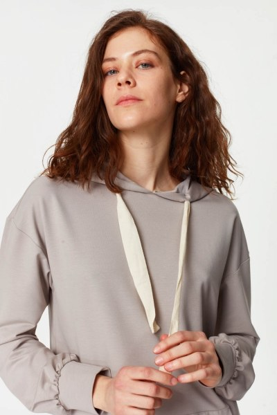MIZALLE - Sweatshirt With Kangaroo Pocket (Grey) (1)