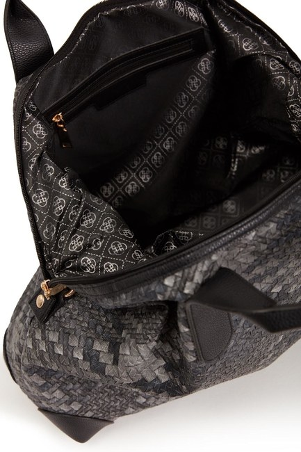 MIZALLE - حقيبة كتف كبيرة مبطن (أسود / أبيض) (1)