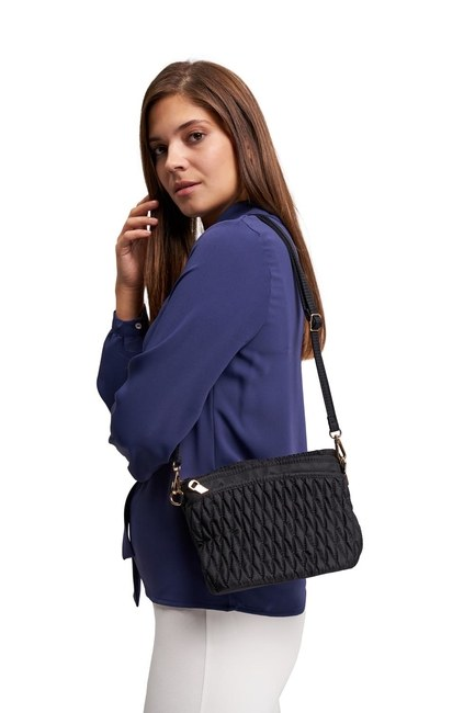 MIZALLE Quilted Shoulder Bag (Black)