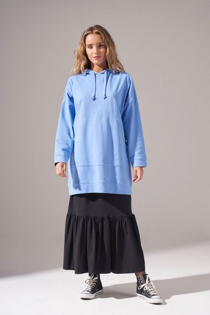 Mizalle - Kapüşonlu Basic Sweatshirt (Mavi)
