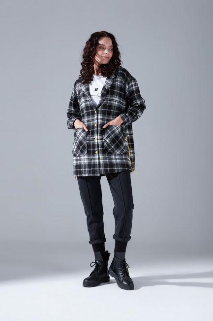 Mizalle - Kapüşonlu Ekose Gömlek Ceket (Siyah-Beyaz)