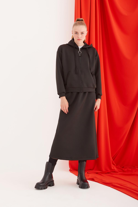 Kapüşonlu Siyah Sweatshirt