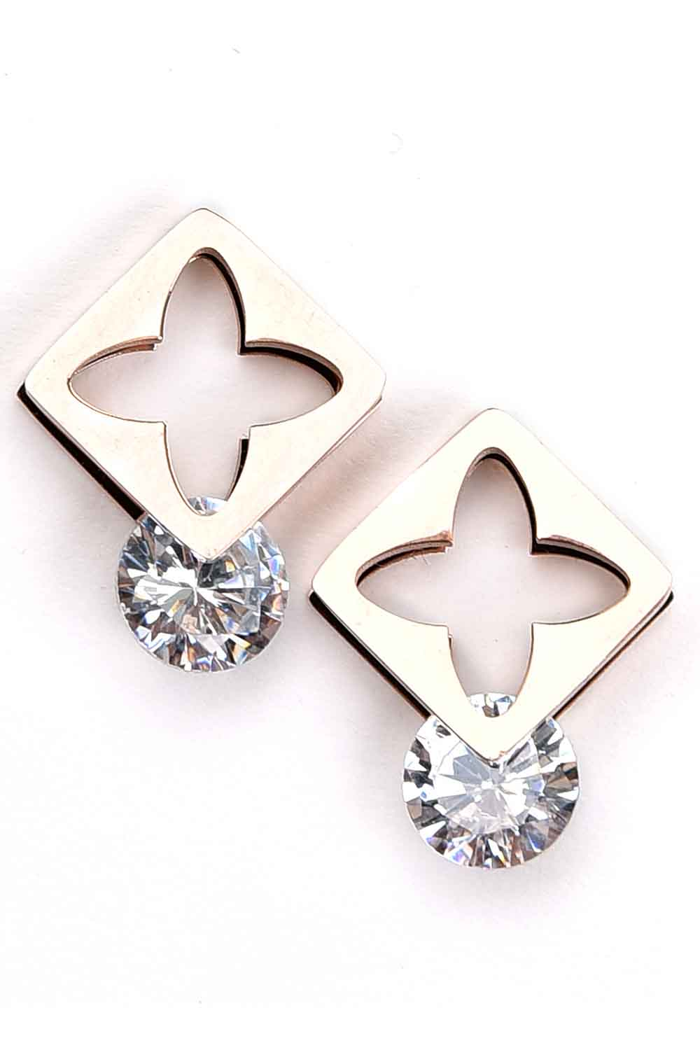 MIZALLE Square Steel Earrings (St) (1)