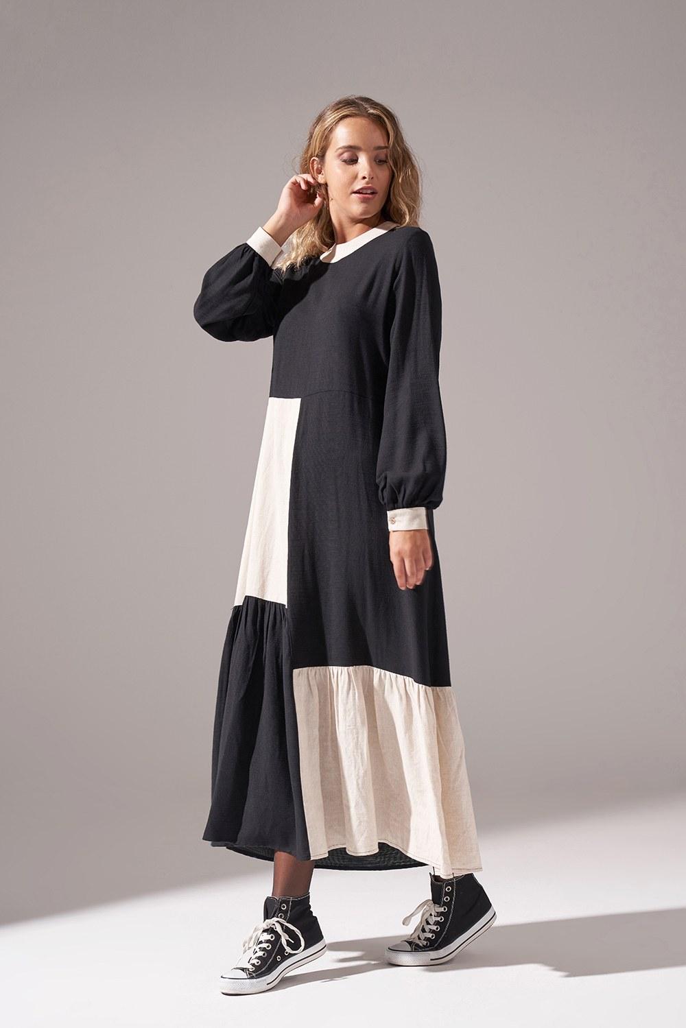 Kare Parçalı Elbise (Siyah)