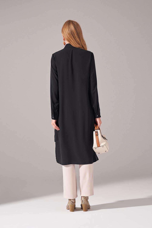Kat Detaylı Gömlek Yaka Siyah Tunik