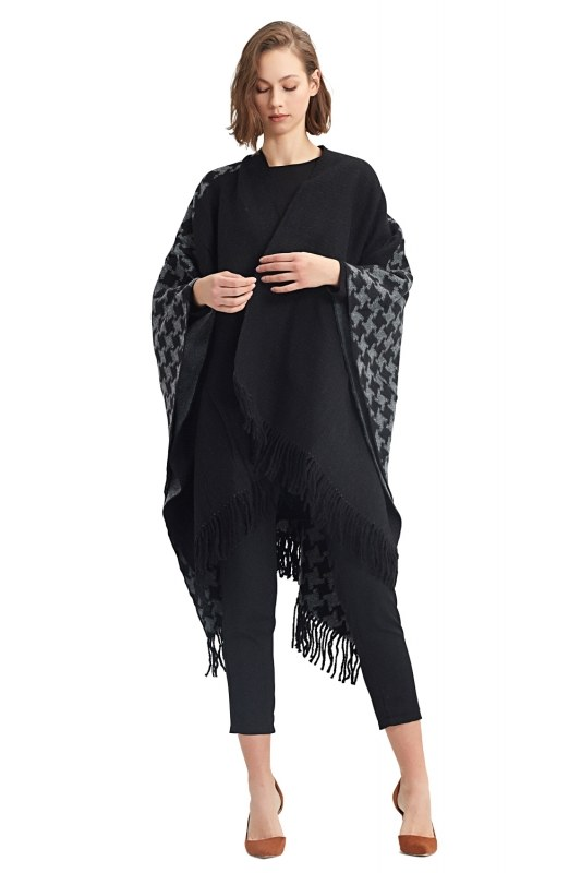 Goosefoot Patterned Poncho (Black)