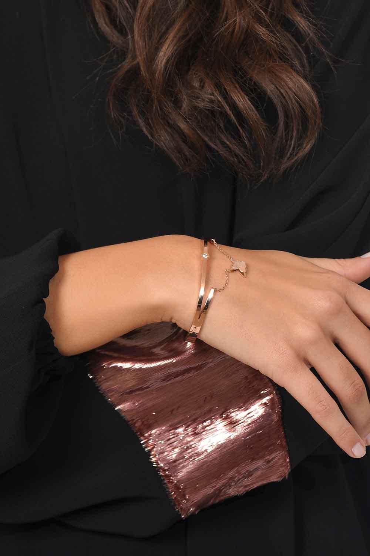 MIZALLE Butterfly Detailed Steel Bracelet (St) (1)
