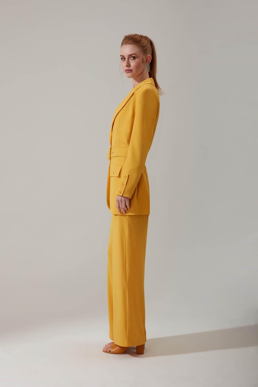 Kemerli Sarı Ceket