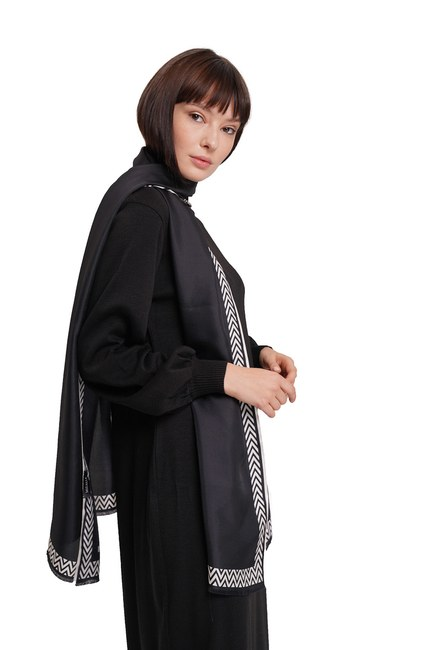 MIZALLE Kenarları Desenli İpek Şal (Siyah)