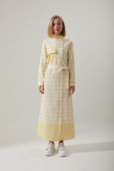 Mizalle - Keten Dokulu Cepli Sarı Elbise