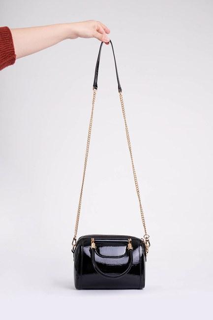 MIZALLE - Kırışık Rugan El Çantası (Siyah) (1)