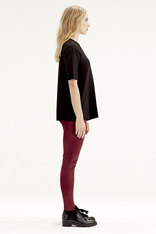 MIZALLE Short-Sleeved T-Shirt (Black) (1)