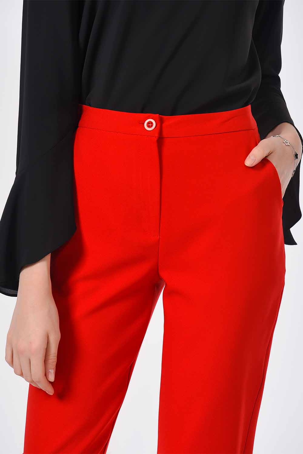 MIZALLE Classic Narrow Leg Trousers (Orange-Red) (1)