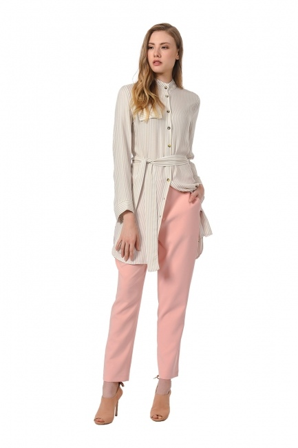 MIZALLE Classic Narrow Leg Trousers (Powder)