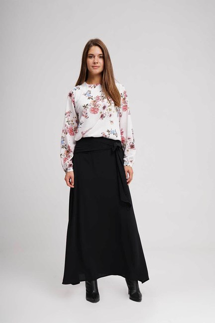 MIZALLE - Classic Long Skirt (Black) (1)