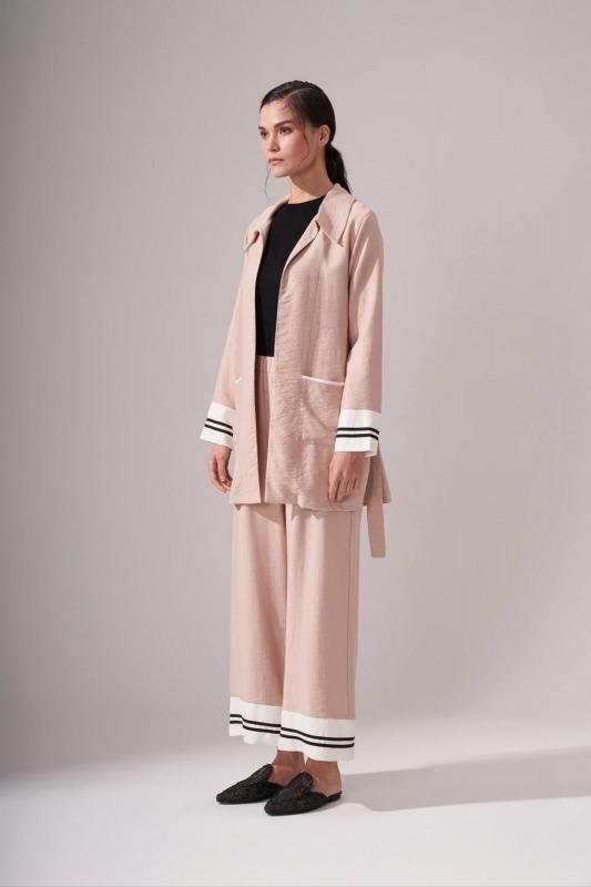 Kuşaklı Uzun Bej Ceket