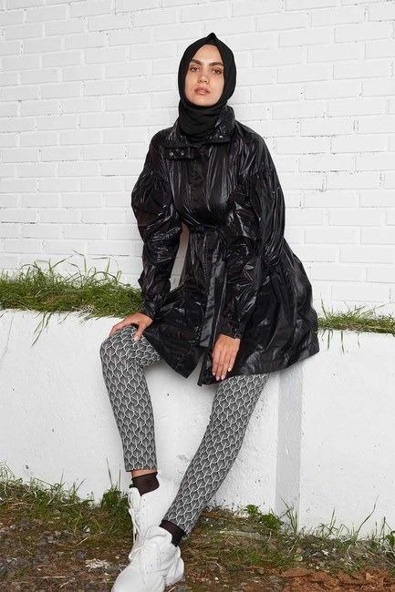 Kolları Balon Yağmurluk (Siyah)