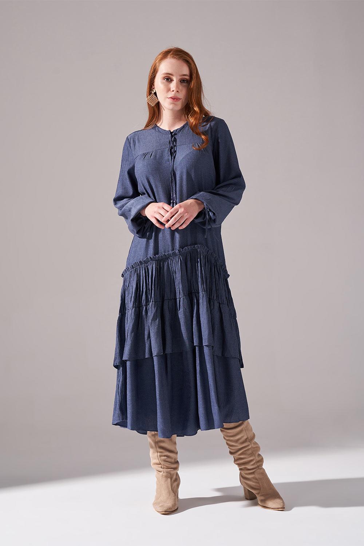 Kolları Büzgülü Kat Detaylı Indigo Elbise