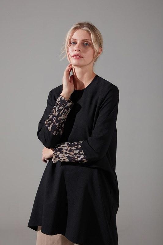 Kolları Desenli Bluz (Siyah)