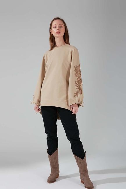 Mizalle - Kolları İşlemeli Sweatshirt (Bej)