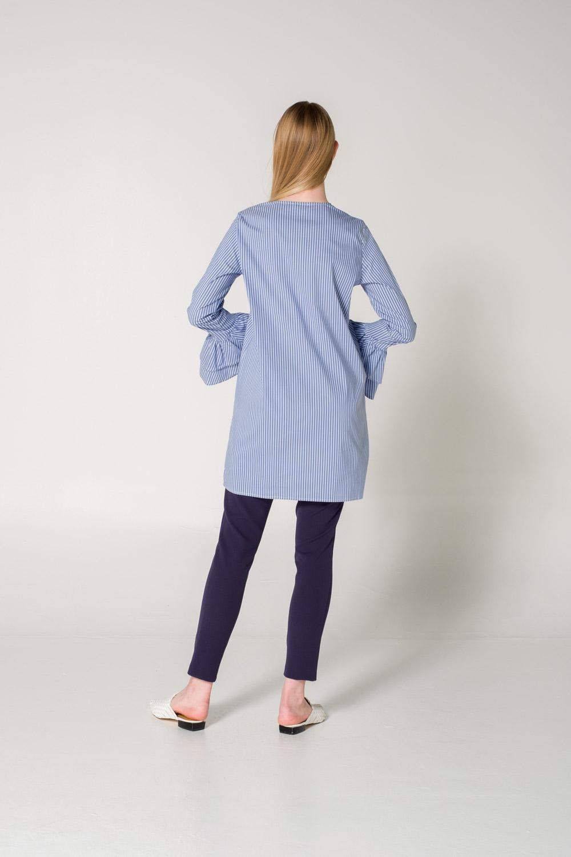 Kolları Volanlı Mavi Bluz