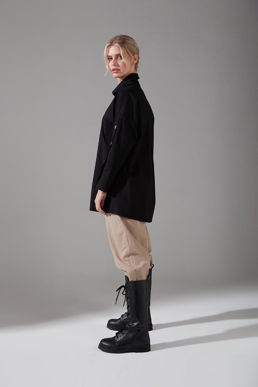 Kolları Süs Düğmeli Siyah Tunik