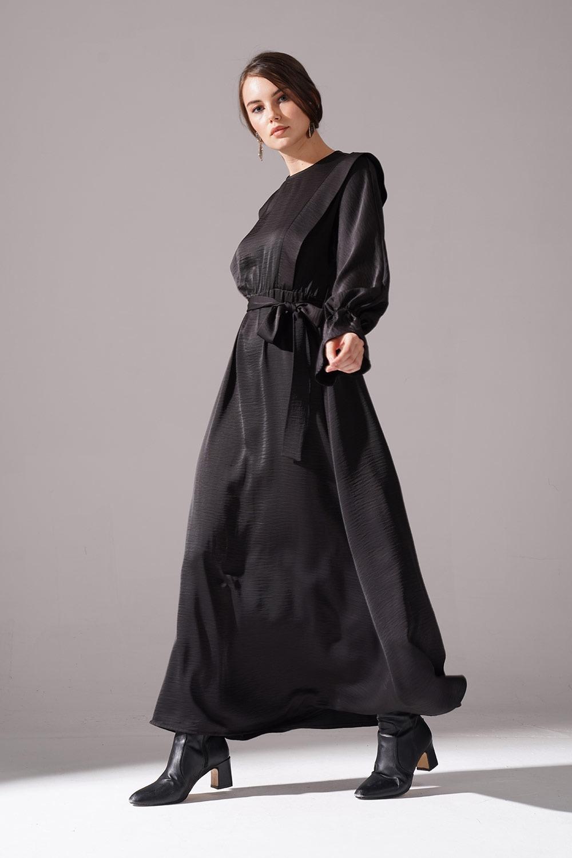 Kolları Volanlı Parlak Elbise (Siyah)